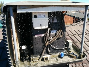 Evaporative air conditioner service
