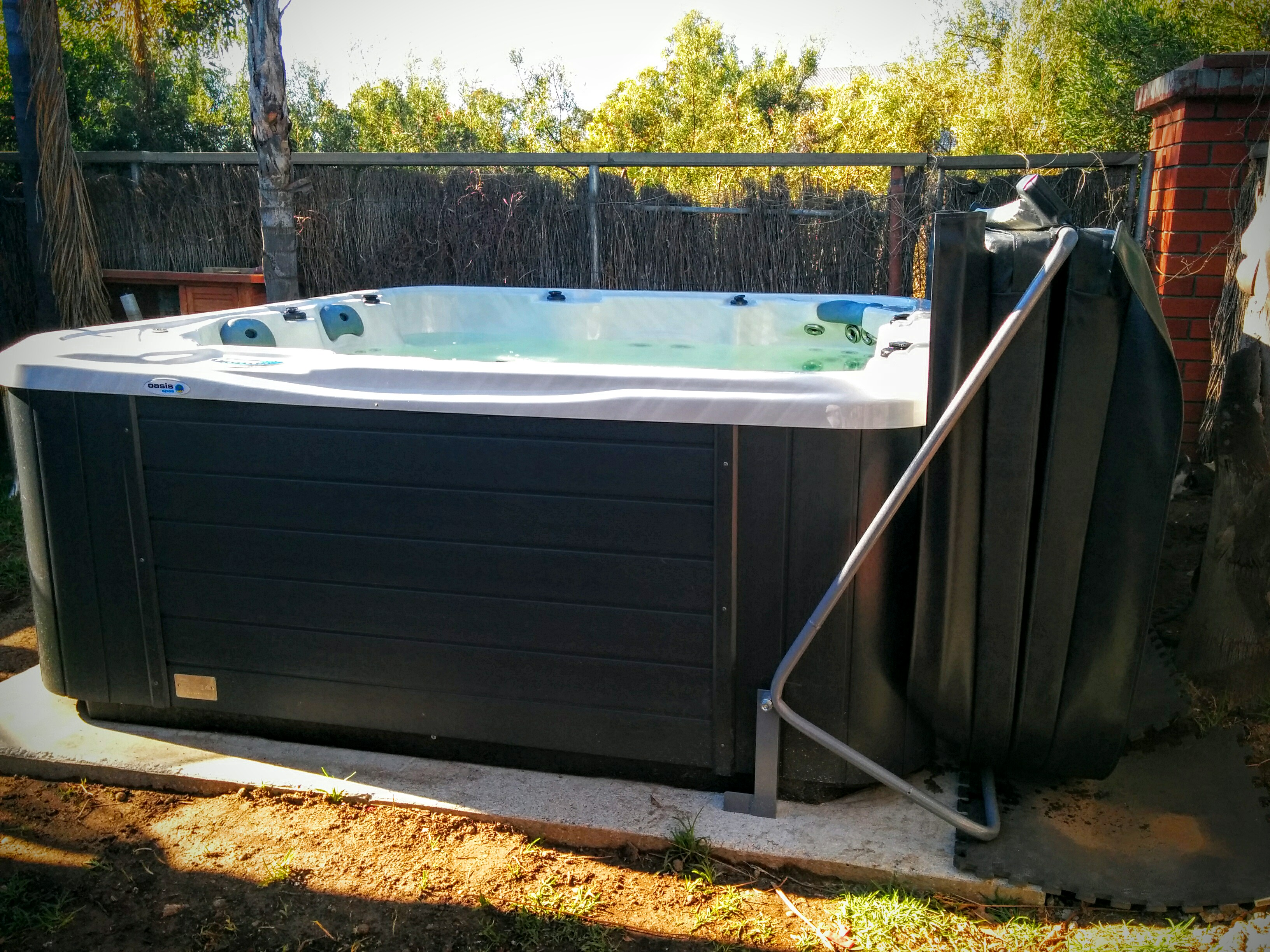 covana hot spas evolution specialty tub and isaacs covers pools products