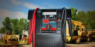 Truck Pac heavy duty jump starter for diesel trucks