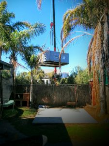 Crane lifting spa Hot tub