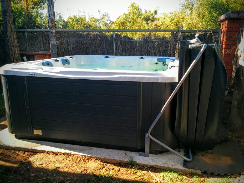 Diy Jacuzzi Bathtub.Diy Spa Cover Lifter Home Made For 50 Metal Conduit Frame