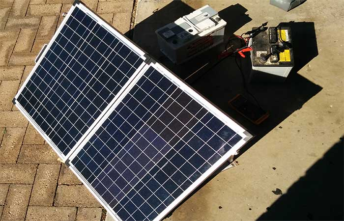 How to Charge a Car Battery at Home 120w portable solar panels for camping
