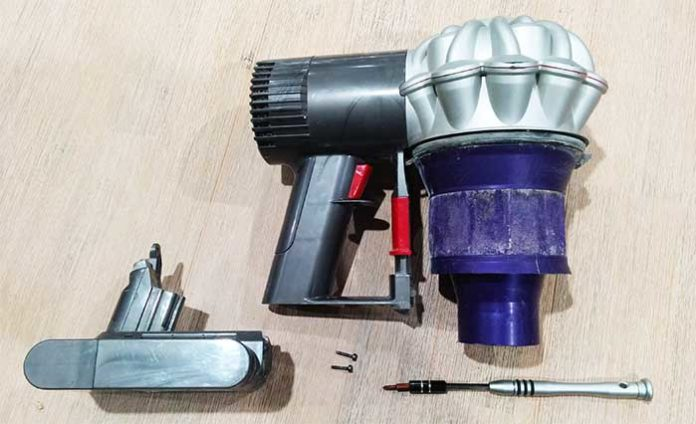 dyson v6 extended battery how to remove
