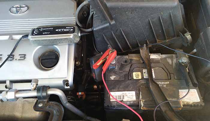 Charging a Car Battery While Still Connected to your Vehicle