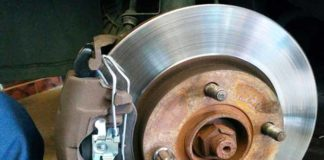 brake pad replacement on Ford Focus 2003