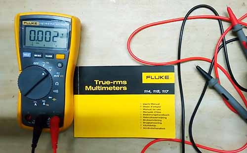tools for apprentice electrician fluke multi meter