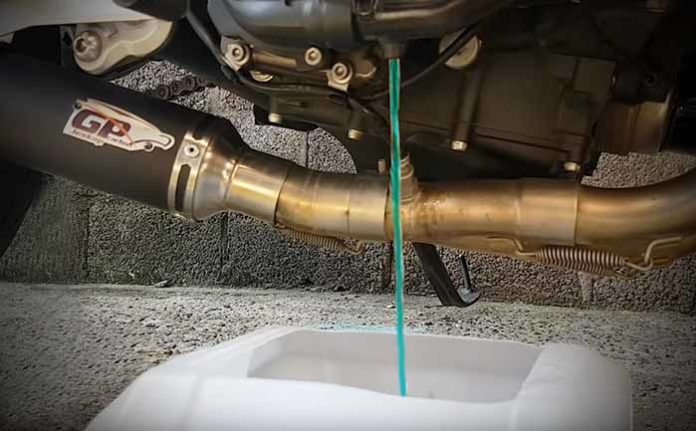 how to do a mt07 coolant flush change