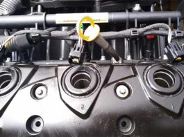 removing spark plugs from a 130HP sea-doo engine 4tec rotax