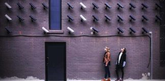 Wireless security camera for renters