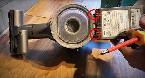 How to remove dyson v7 battery for extended battery upgrade to a high capacity 4000mAh