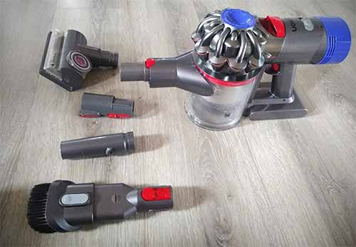 Dyson V7 tools and accessories