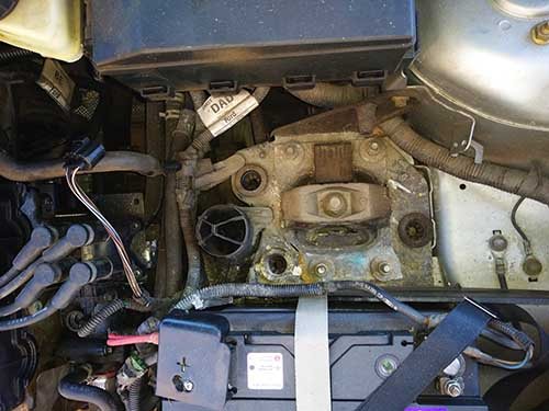 Ford focus airfilter box removal 2003