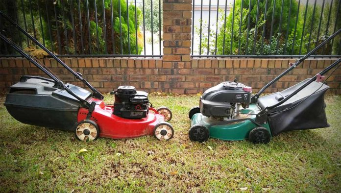 How to service a 4 stroke lawn mower