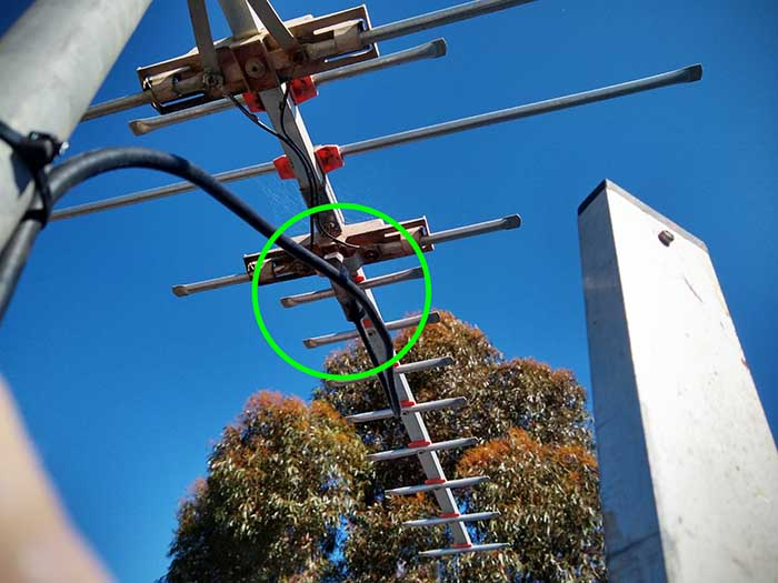 how to fix tv antenna connector